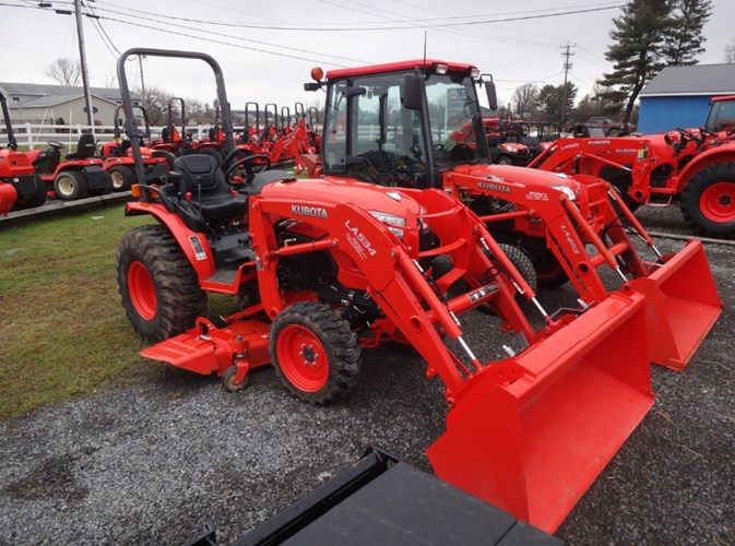 2017 Kubota B2650HSD Tractor - Compact Utility For Sale