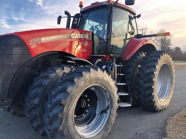 2014 Case IH 370 MAGNUM Tractor For Sale
