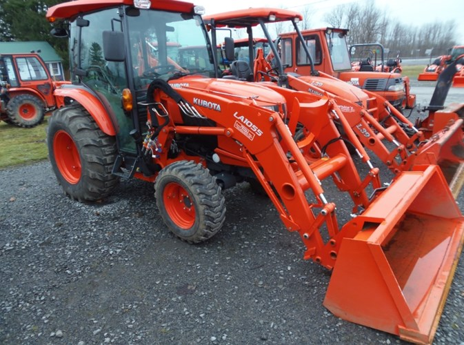 2018 Kubota L4760HSTC Tractor - Compact Utility For Sale