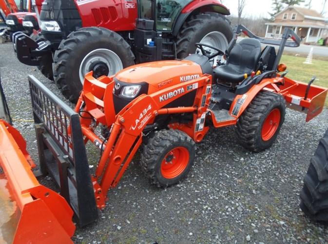 2017 Kubota B2301 Tractor - Compact For Sale