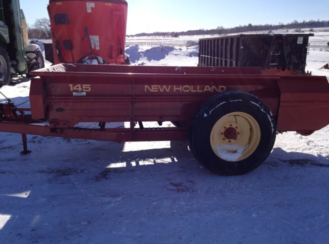 New Holland 145 Manure Spreader-Dry For Sale