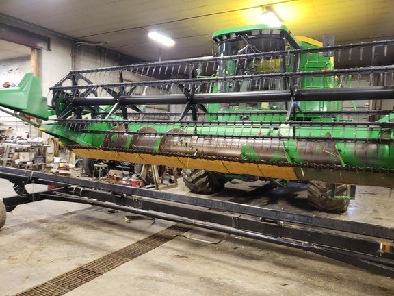 1998 John Deere 918 Combine Header-Auger/Flex For Sale