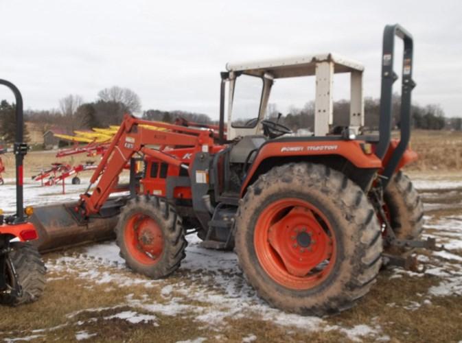 2002 Kioti DK65 Tractor - 4WD For Sale