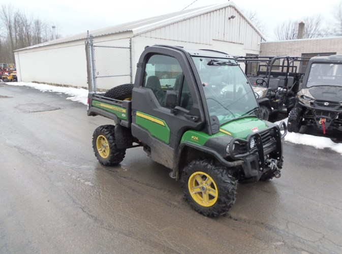 John Deere 825I GATOR Utility Vehicle For Sale