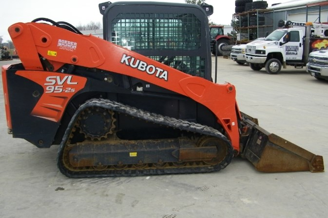 2018 Kubota SVL95-2SHC Skid Steer-Track For Sale