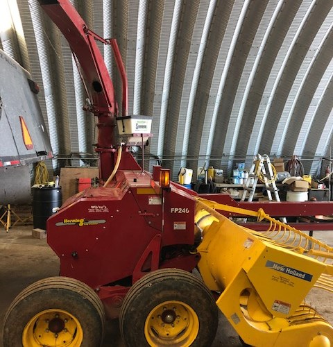 2012 New Holland FP240 Forage Harvester-Pull Type For Sale