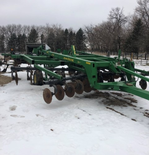 2011 John Deere 2700 Disk Ripper For Sale