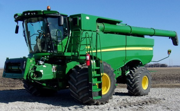 2015 John Deere S690 Combine For Sale
