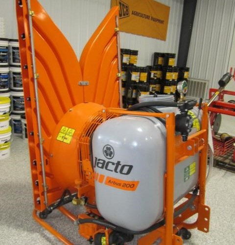 2019 Jacto JACTO A200 with Mini Tower Sprayer Orchard For Sale
