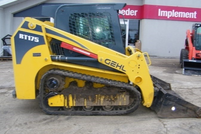 2015 Gehl RT175 Skid Steer-Track For Sale