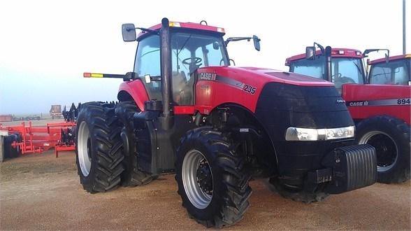 2011 Case IH MAGNUM 235 Tractor For Sale