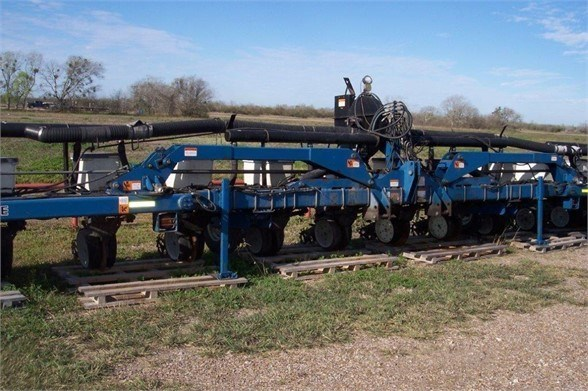 2008 Kinze 3140 Planter For Sale
