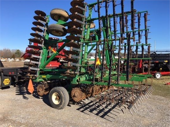2004 Great Plains 3000TT Vertical Tillage For Sale