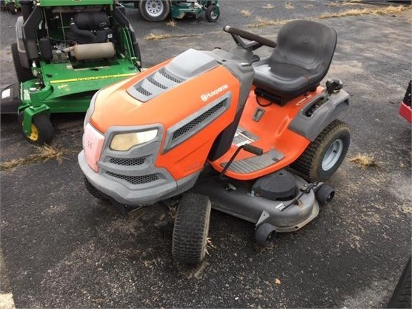 2009 Husqvarna YTH2348 Riding Mower For Sale