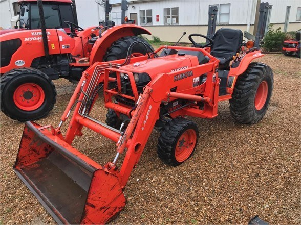 2005 Kubota B7800HSD Tractor For Sale