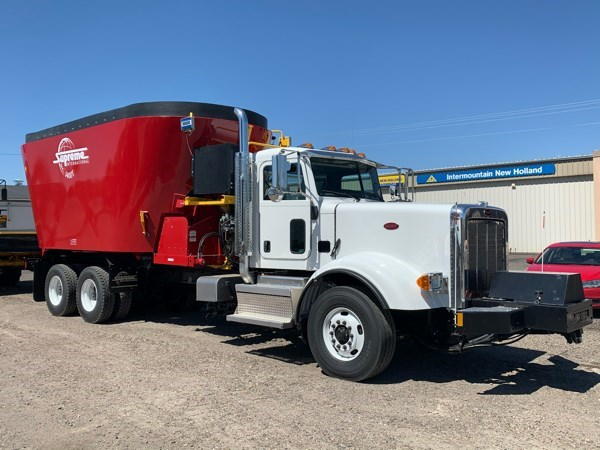 2020 Supreme 1400TTM Feed Truck For Sale