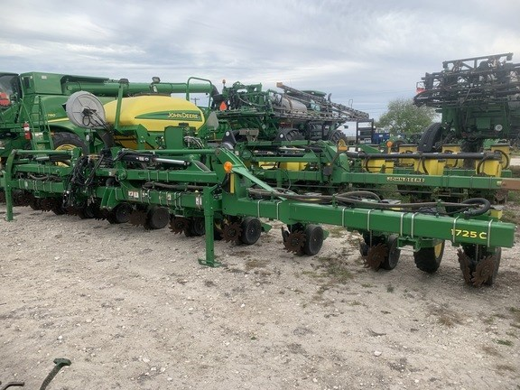 2017 John Deere 1725C Planter For Sale