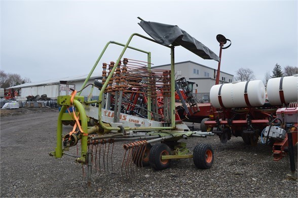 CLAAS LINER 470S Tedder For Sale