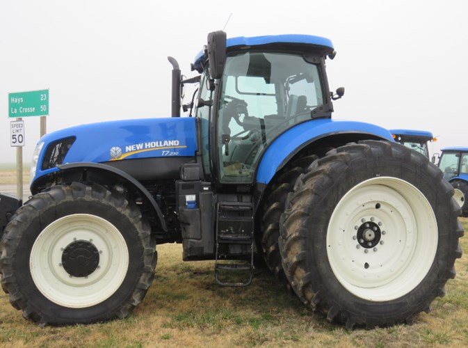 2015 New Holland T7.230 Tractor For Sale