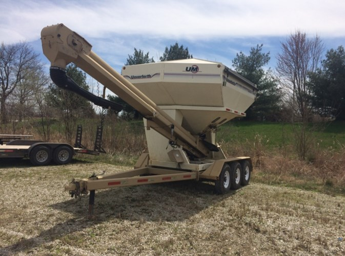 2011 Unverferth 3750 Seed Tender For Sale