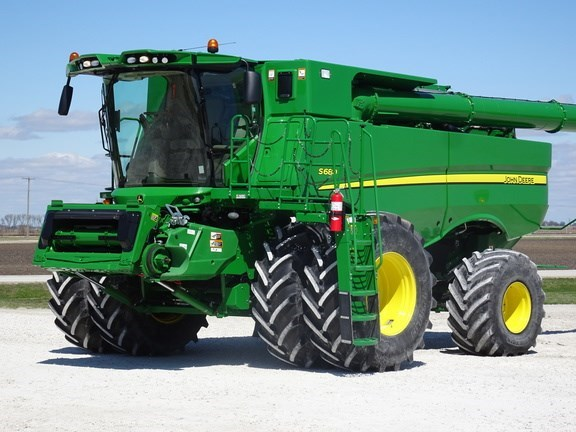 2016 John Deere S680 Combine For Sale