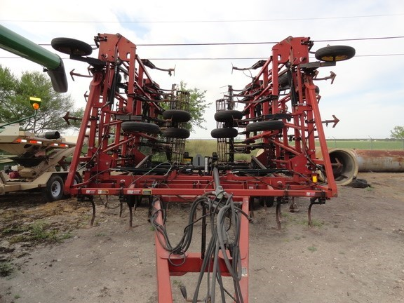 Case IH TIGER MATE 200 Field Cultivator For Sale