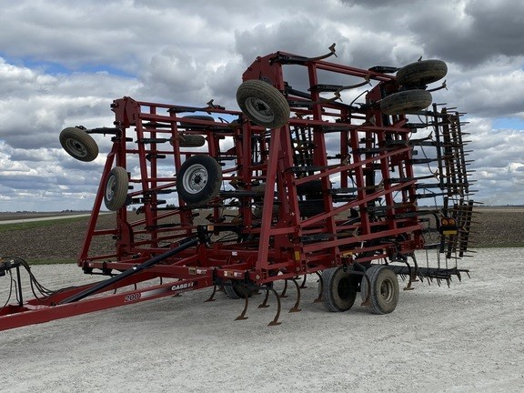 2009 Case IH 200 Field Cultivator For Sale