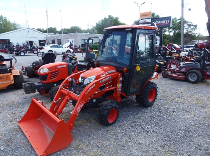 2016 Kubota B2650HSD Tractor - Compact For Sale