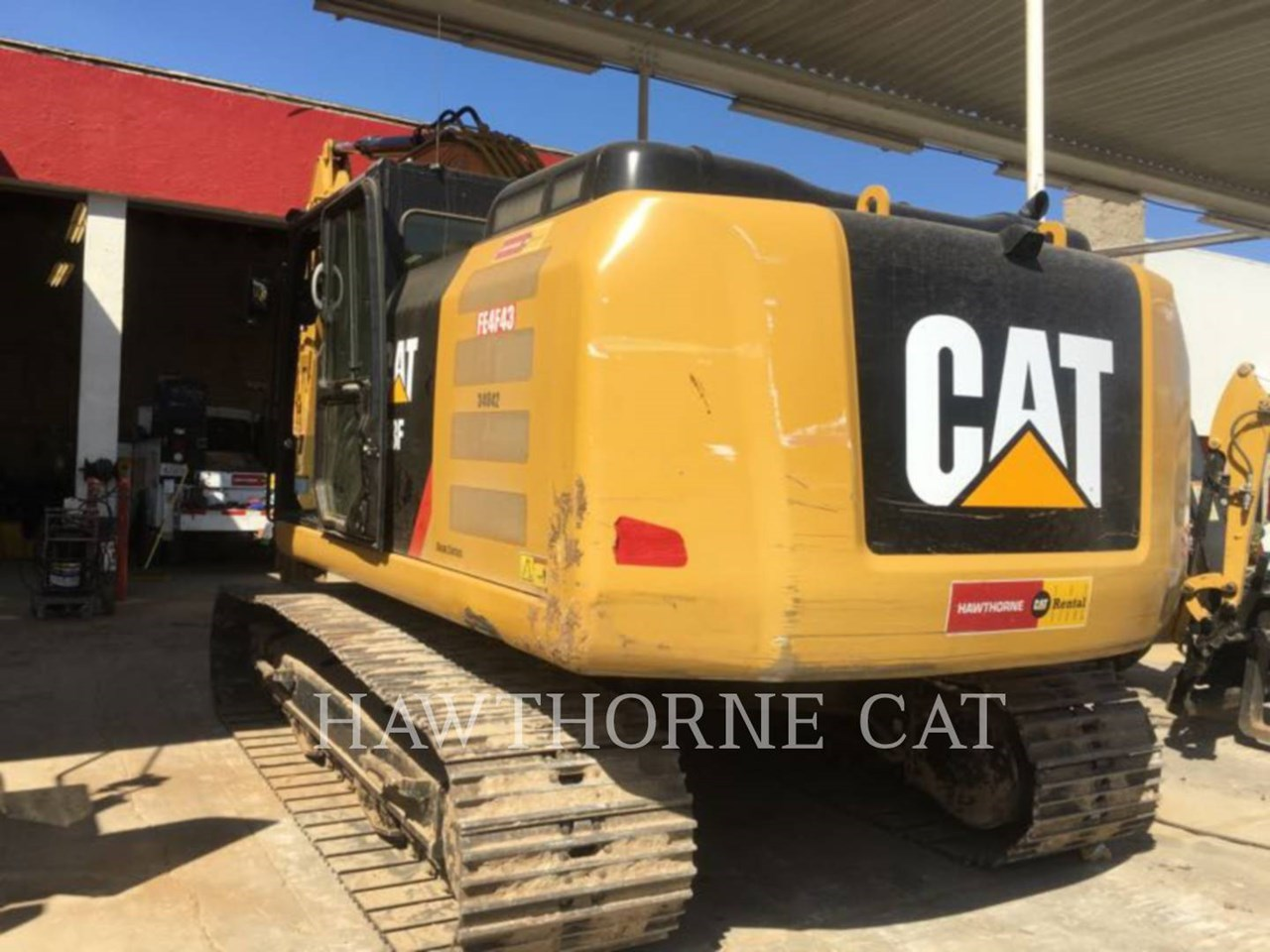 2016 Caterpillar 323F Image 2