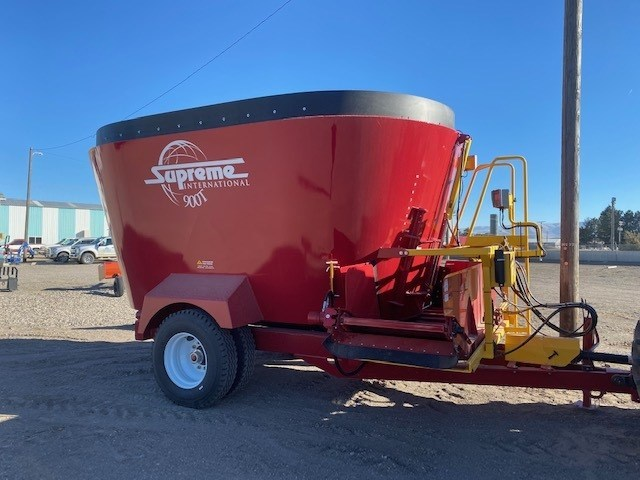 2020 Supreme 900T Feeder Wagon-Portable For Sale