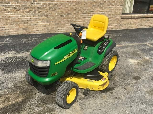 John Deere L120 Riding Mower For Sale