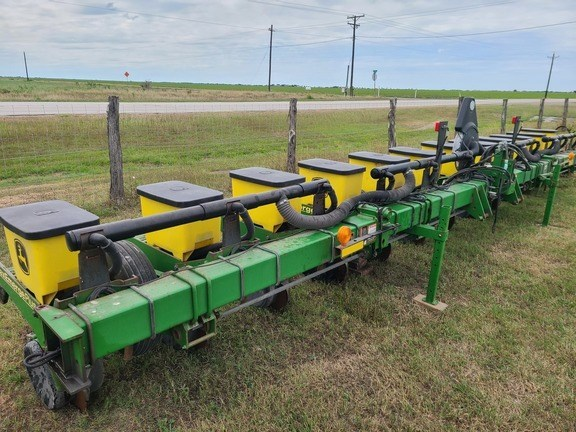 2003 John Deere 1710 Planter For Sale