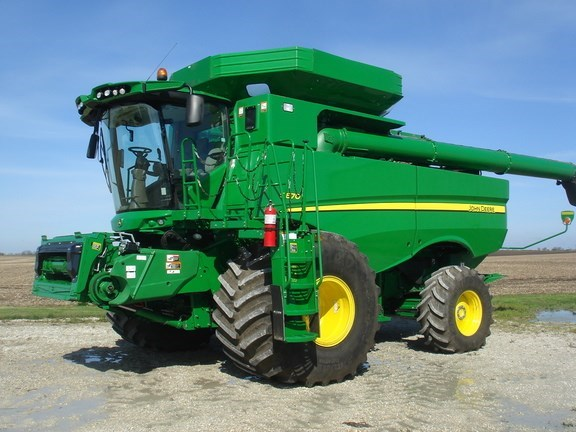 2017 John Deere S670 Combine For Sale
