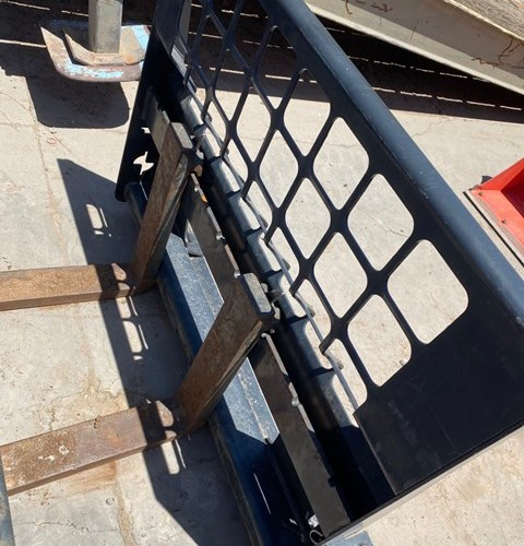 Bobcat PLTFKFR_3 Pallet Fork For Sale