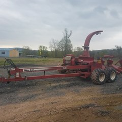 Forage Harvester-Pull Type For Sale 2002 New Idea 1500