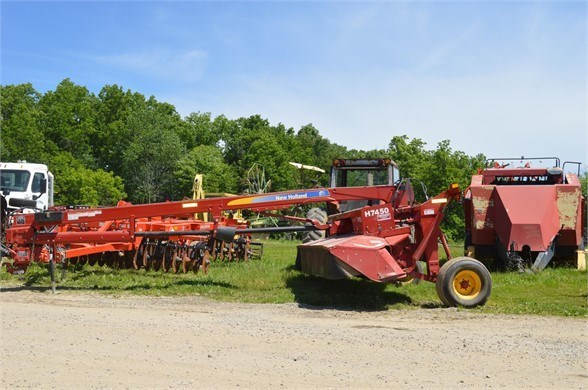 2011 New Holland H7450 Windrower-Pull Type For Sale