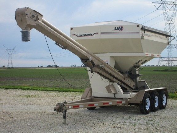 2013 Unverferth 3750XL Seed Tender For Sale