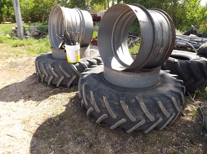 1996 Case IH TRIPLES Attachments For Sale