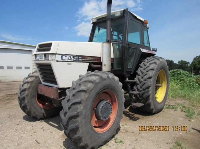 1984 Case IH 2294 MFD Tractor For Sale