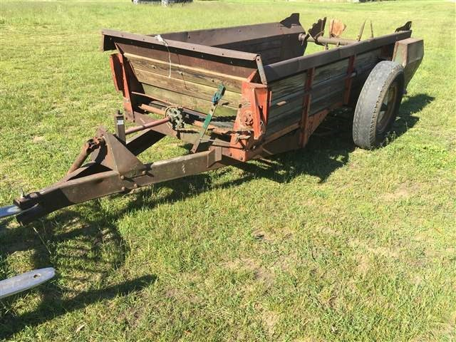 New Idea 212 Manure Spreader-Dry For Sale