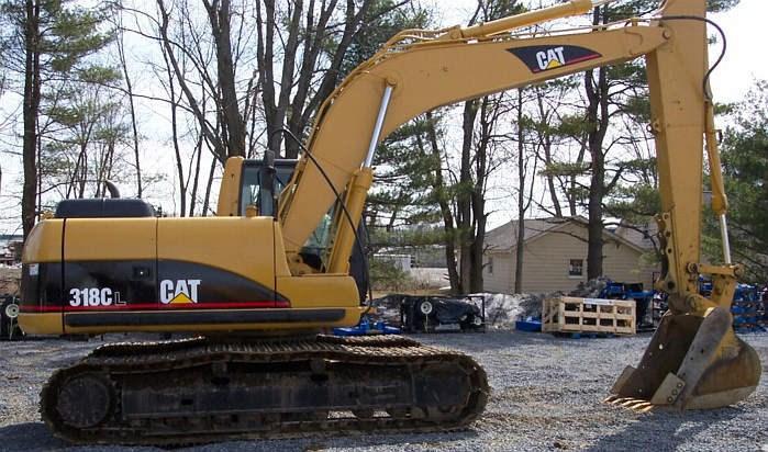 2003 Caterpillar 318C Image 3