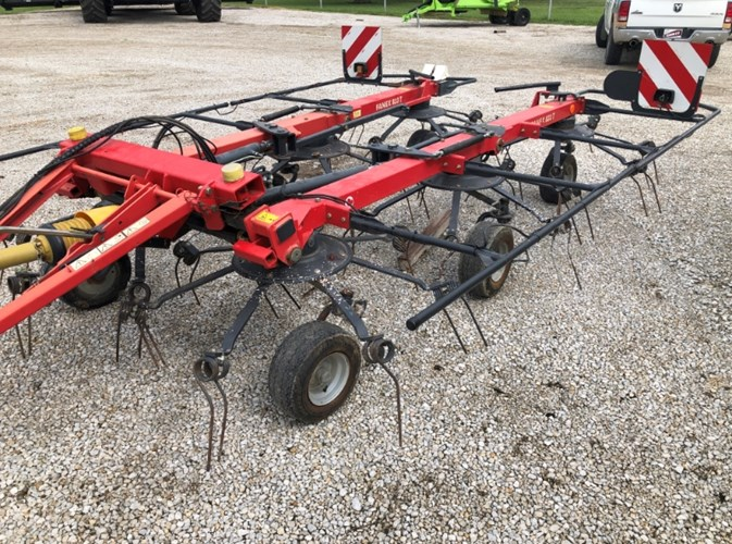 Vicon 6918 Tedder For Sale