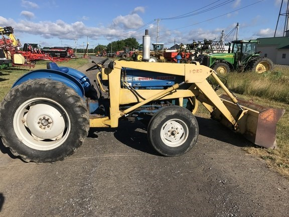 1969 Ford 3000 Tractor - Compact Utility For Sale