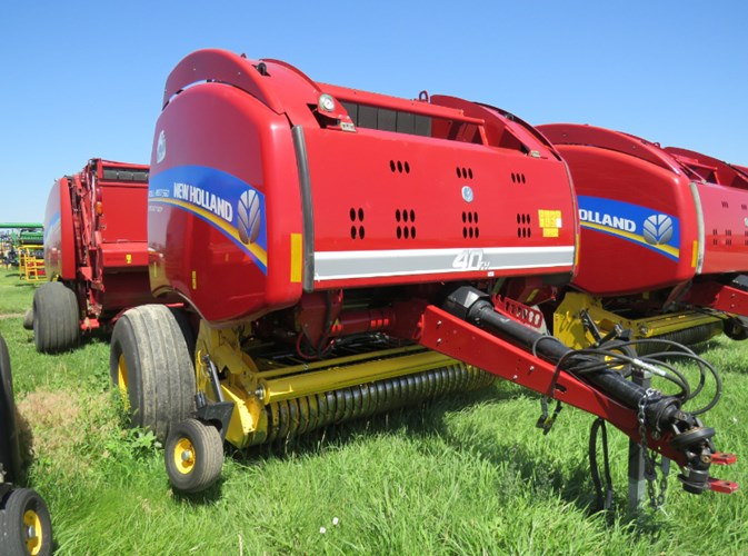 2015 New Holland 560 Baler-Round For Sale