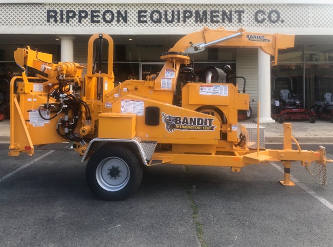 Bandit Intimidator 15XP Chipper-Hand Fed For Sale