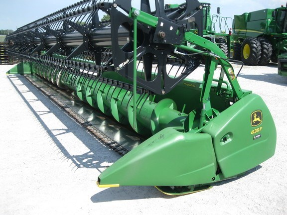 2012 John Deere 635F Header-Auger/Flex For Sale