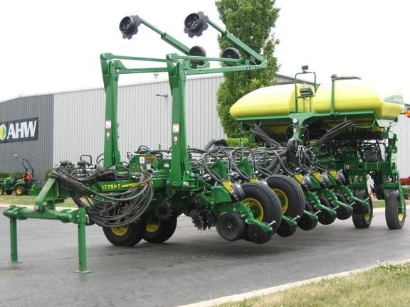 2019 John Deere 1775NT Planter For Sale