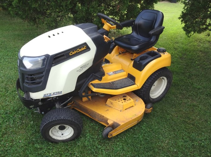 2014 Cub Cadet GTX2154 Riding Mower For Sale