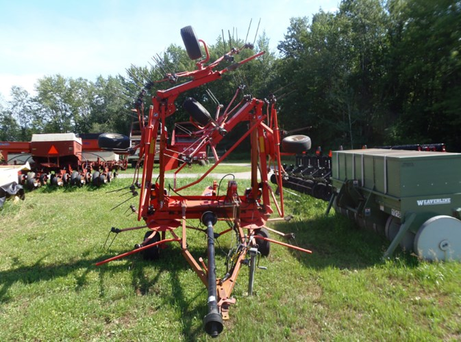 Kuhn Gf7802THA Tedder For Sale