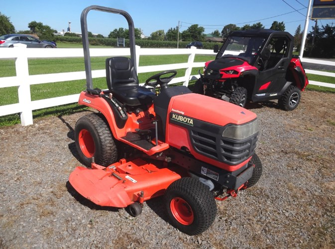 2001 Kubota BX2200D Tractor - Compact Utility For Sale